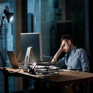 Anxiety and fatigue man unable to focus